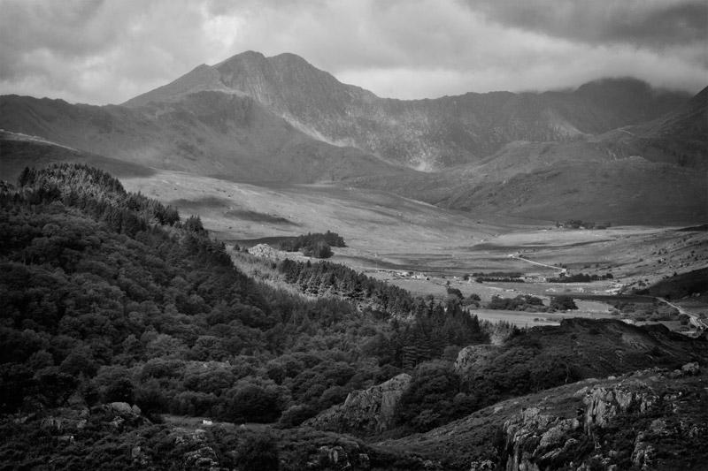 Monochrome Landscape by CharmingPhotography