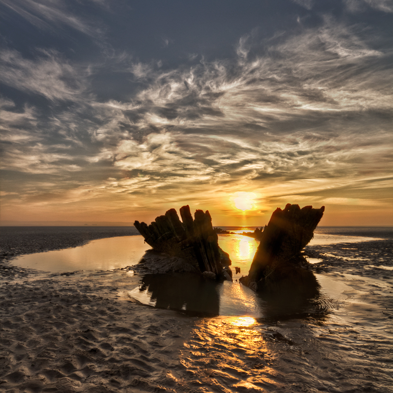 berrow shipwreck by CharmingPhotography