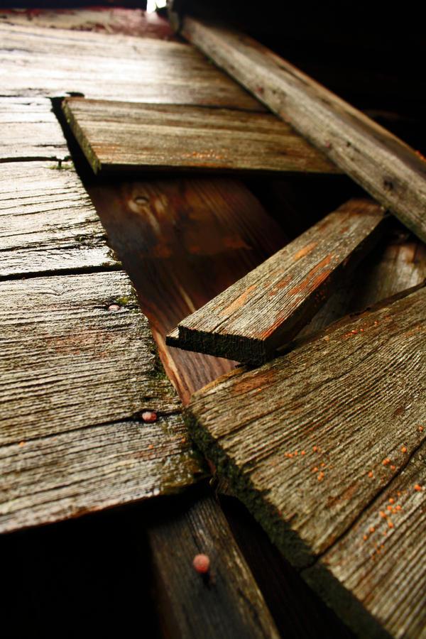 Wood work barn by Maewolf86