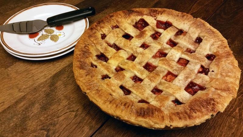 Spiced Peach and Raspberry Pie by SewAmusing