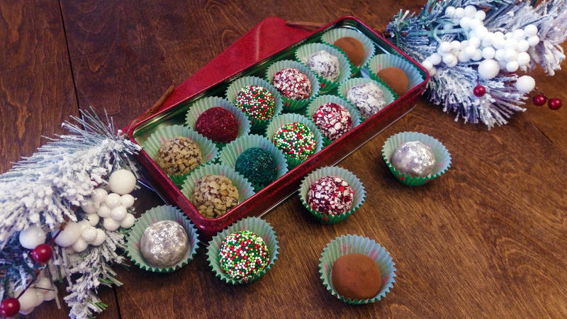 Christmas truffles by SewAmusing