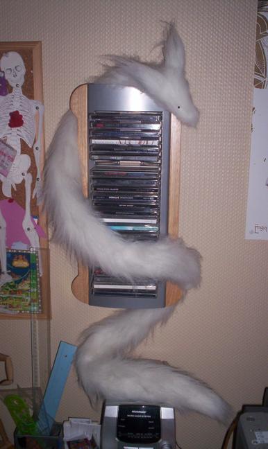 Le renard en tube White_Pipe_Fox_by_Renegar_Kitsune