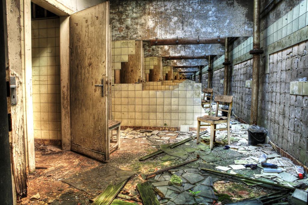 Room 42 by QuinHoogers