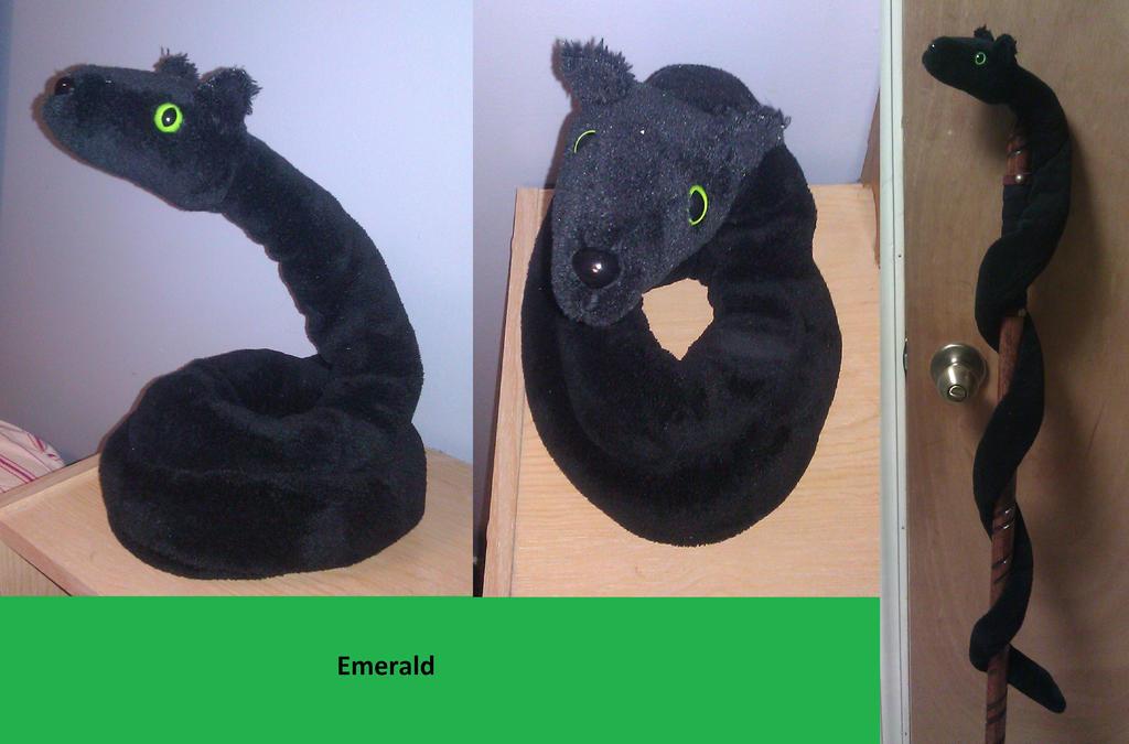 Emerald by RoseandherThorns