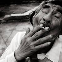 retrato fumando by achqz