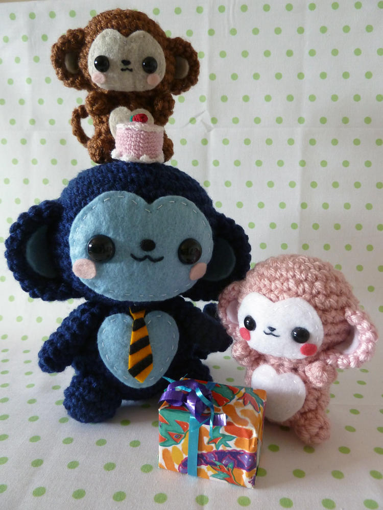 Father's Day Monkey Amigurumi by cuteamigurumi