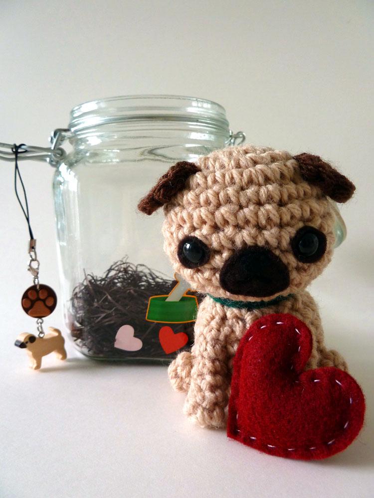 Pug amigurumi by cuteamigurumi
