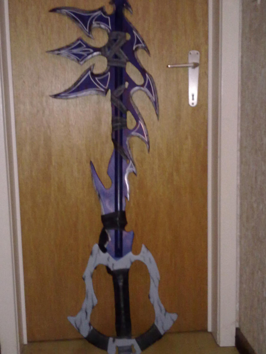 Fan based keyblade tenebrex by aeris5312