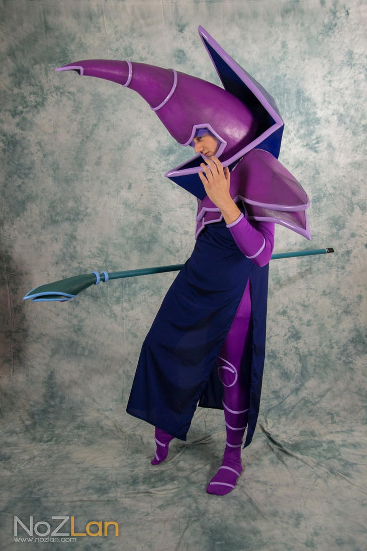 dark magician cosplay yu gi oh abunai 2013 by aeris5312 on DeviantArt Most Epic Picture Ever Taken