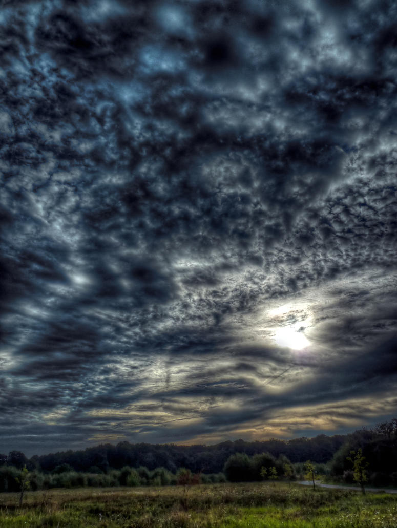 Clouds No13 HDR by Risen-From-The-Ruins