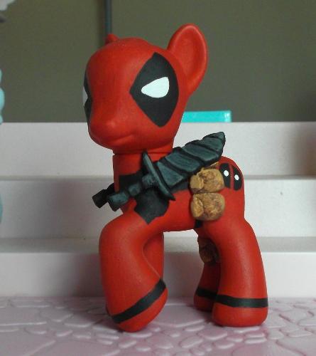 My little Deadpool by SanadaOokmai