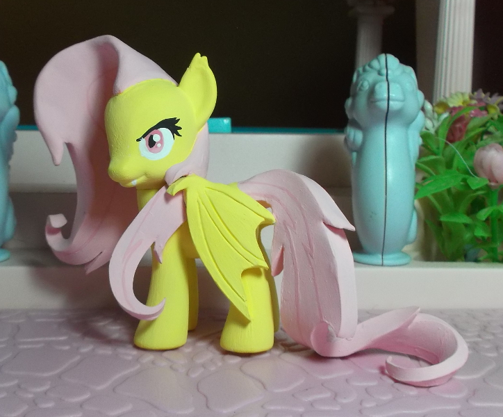 my little pony custom Flutterbat by SanadaOokmai