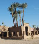 Luxor 8