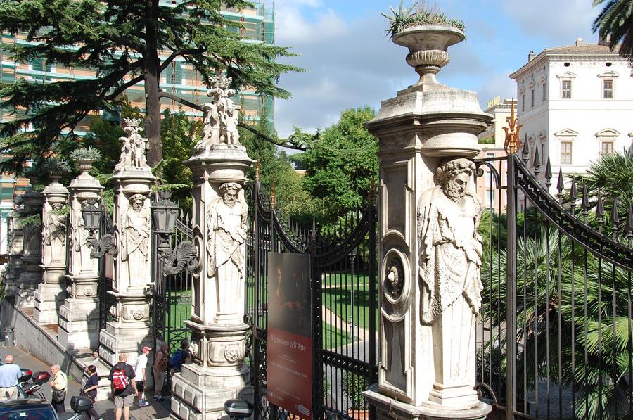 Statue Rome 5 by Lauren-Lee