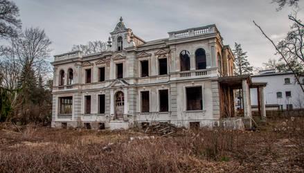 Villa Biruta in Konstancin Konstancin-Jeziorna