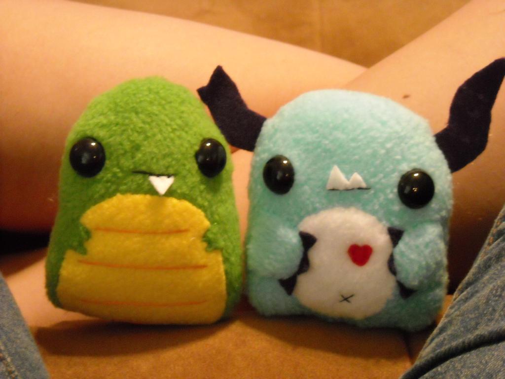Little Monster plushie | Craft time | Pinterest | Monsters ...