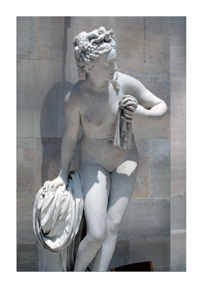 Statue unknown 2 - Louvre by unclejuice