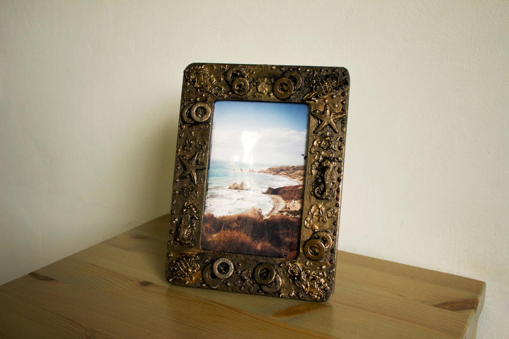 Steampunk photo frame by Hot-cocoaX3