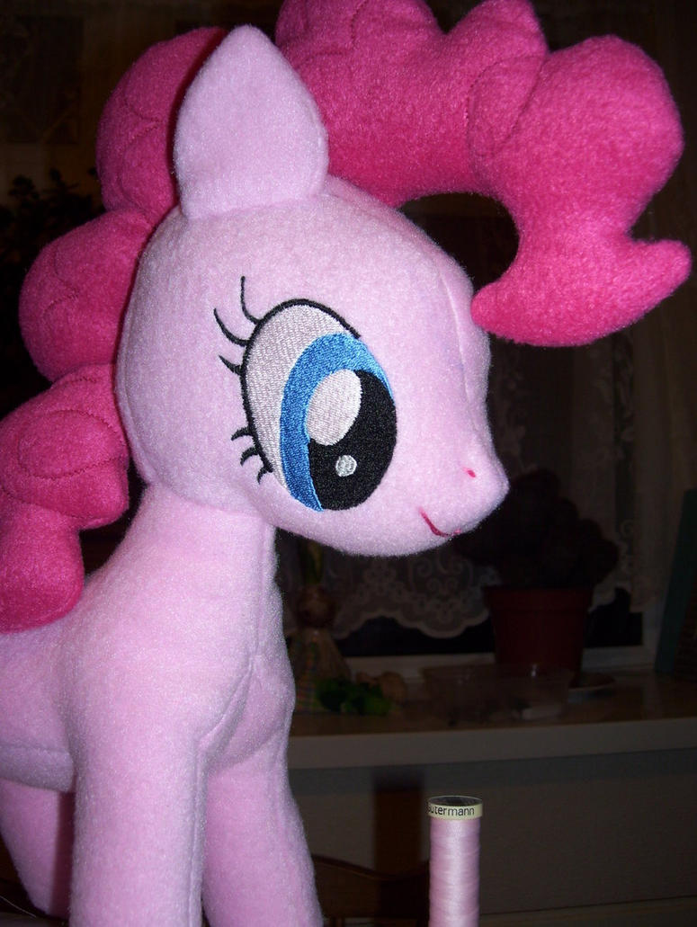 Embroidered Eyes For Pinkie Pie By Pinkamoone