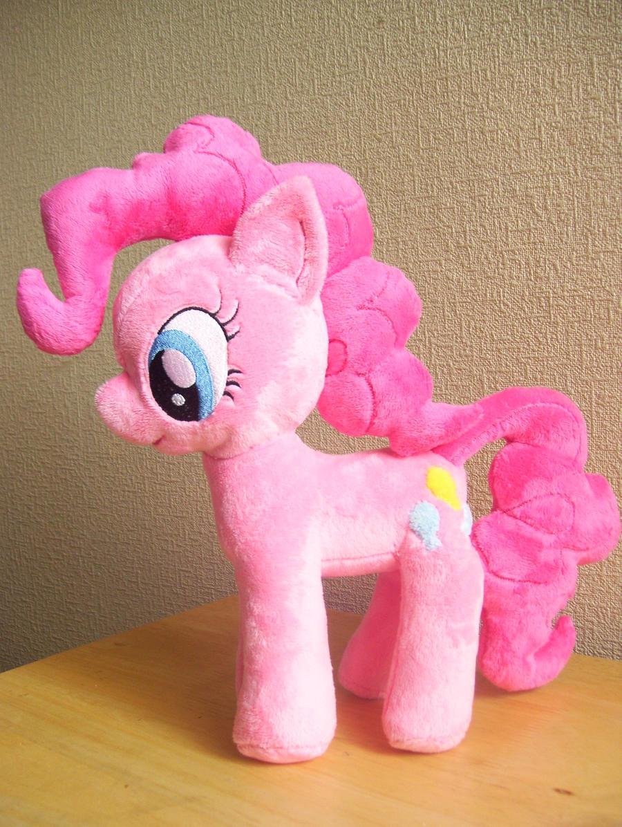 Minky Pinkie Pie Plushie by PlushieScraleos