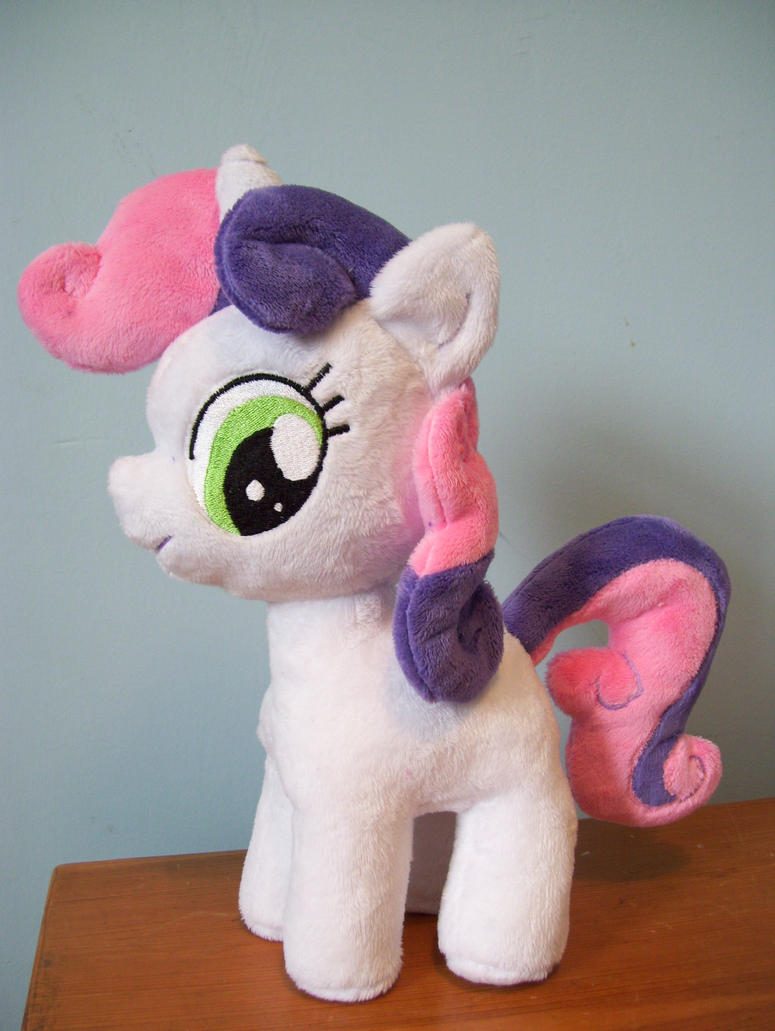 Sweetie Belle by Pinkamoone