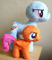 WIP Large Rainbow Dash and Scootaloo by Pinkamoone