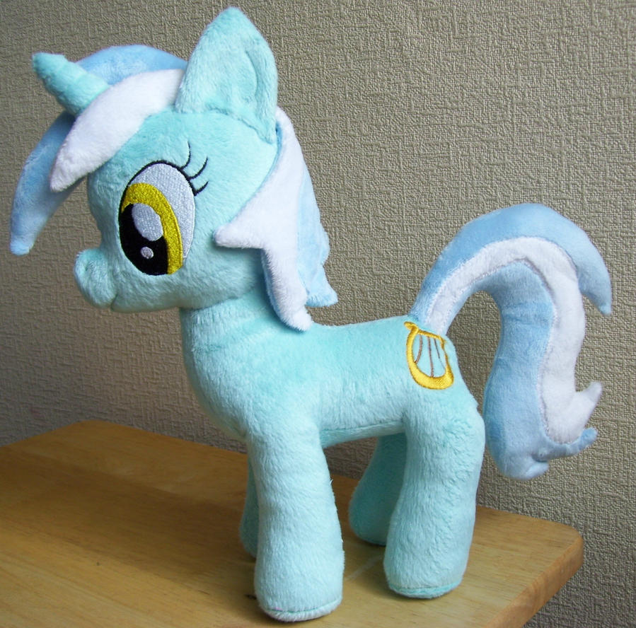 Lyra Heartstrings Plushie Plush (No Pocket....) by Pinkamoone