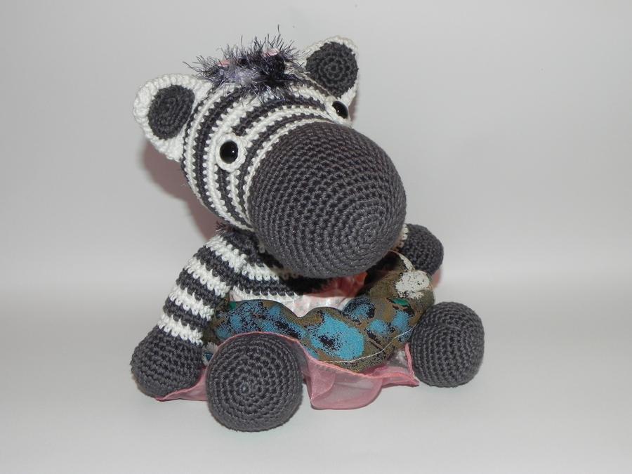 Amigurumi - Zebra with a skirt by Marlou-Chan on DeviantArt