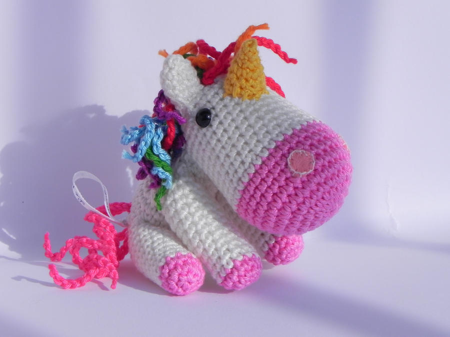 Tutorial Amigurumi Unicorno : Amigurumi - Unicorn by Marlou-Chan on DeviantArt