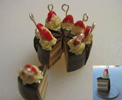 Vanilla and Chocolate Cake by setsuna22