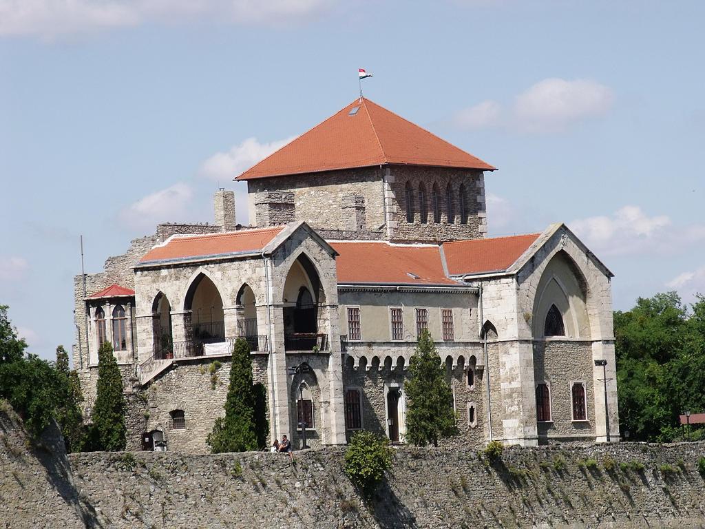 Castle of Tata by dev-samax3