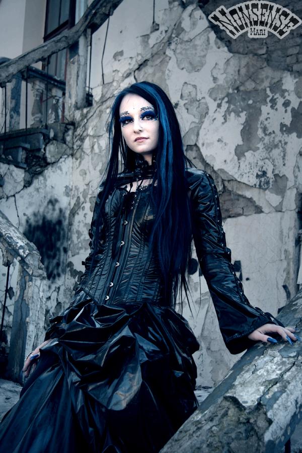 Gothic by MariNonsense