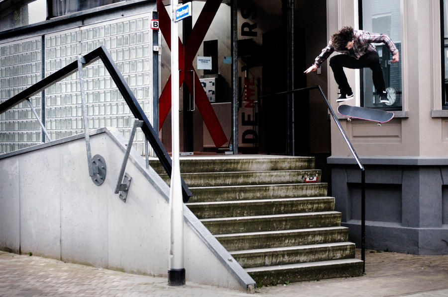 Tommy v Berkel - Switch flip by Obscurity-Doll