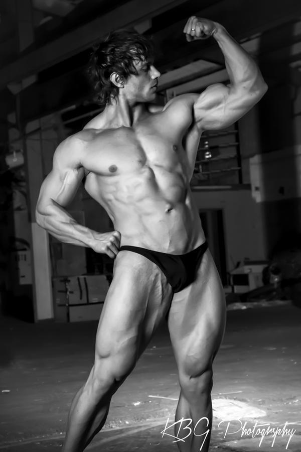 Body Builder: Mitchell Vickridge by KBGphotography