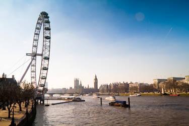London Eye by n0M3n