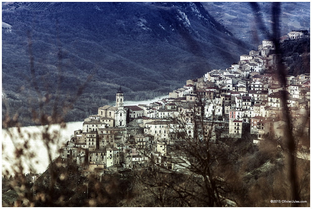 Colledimezzo by OliverJules