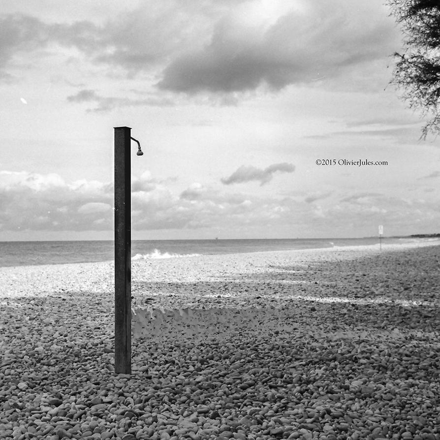 Doccia al mare by OliverJules