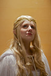 Galadriel in the Light by avi17