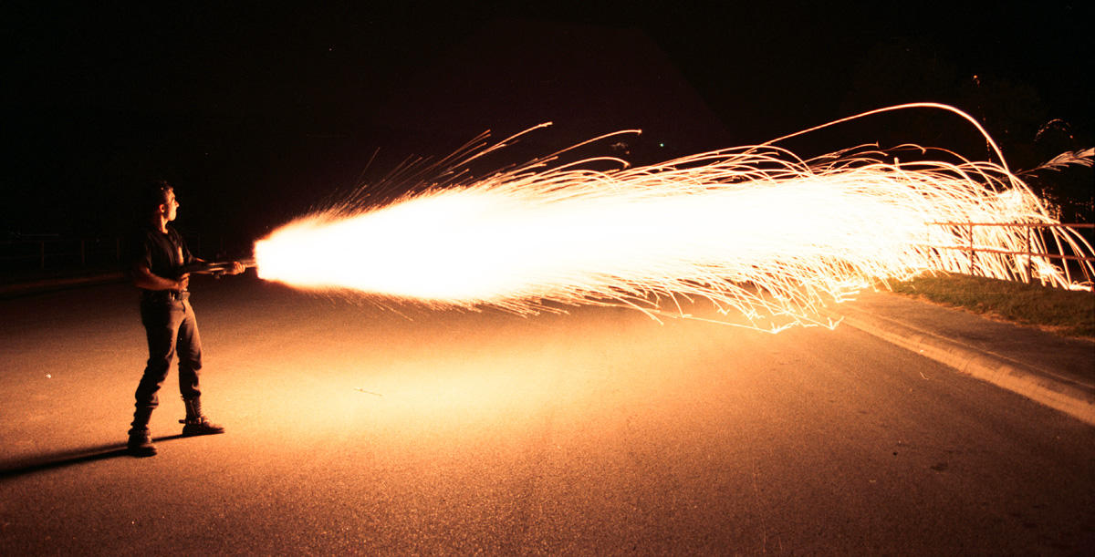 Incendiary_shotgun_at_night.jpg