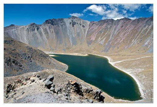 Nevado  lake