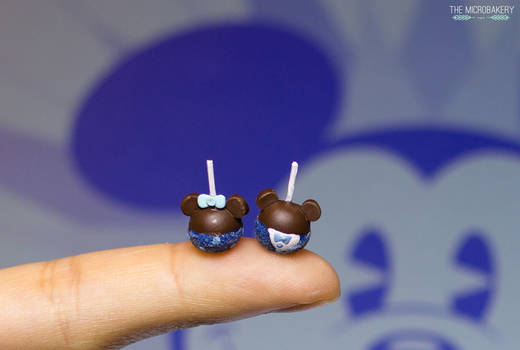 Disneyland 60th Mickey and Minnie Candy Apples