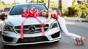 Peyton LURVS Her Benz!