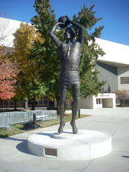 Larry Bird Statue at the Hulman Center by dragontamer272