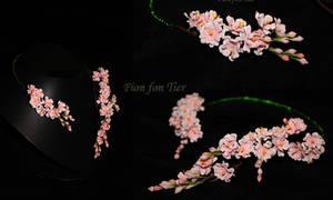 Sakura flowers necklace