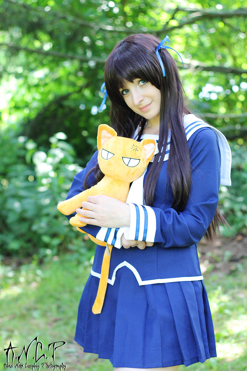 Fruits Basket #8: Tohru Honda by AilesNoir on DeviantArt Tohru Fruits Basket Outfits