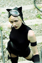 Elle Cosplay: Catwoman #6 by AilesNoir