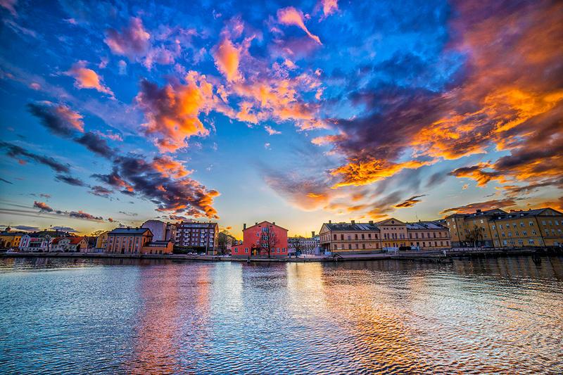 Amazing Sky over Karlskrona by qwstarplayer