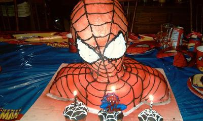 Spiderman Cake by MsCheetah