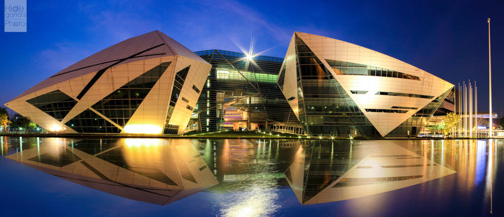 Diamon Building in Bangkok University by Usagi-Hideaki on ...