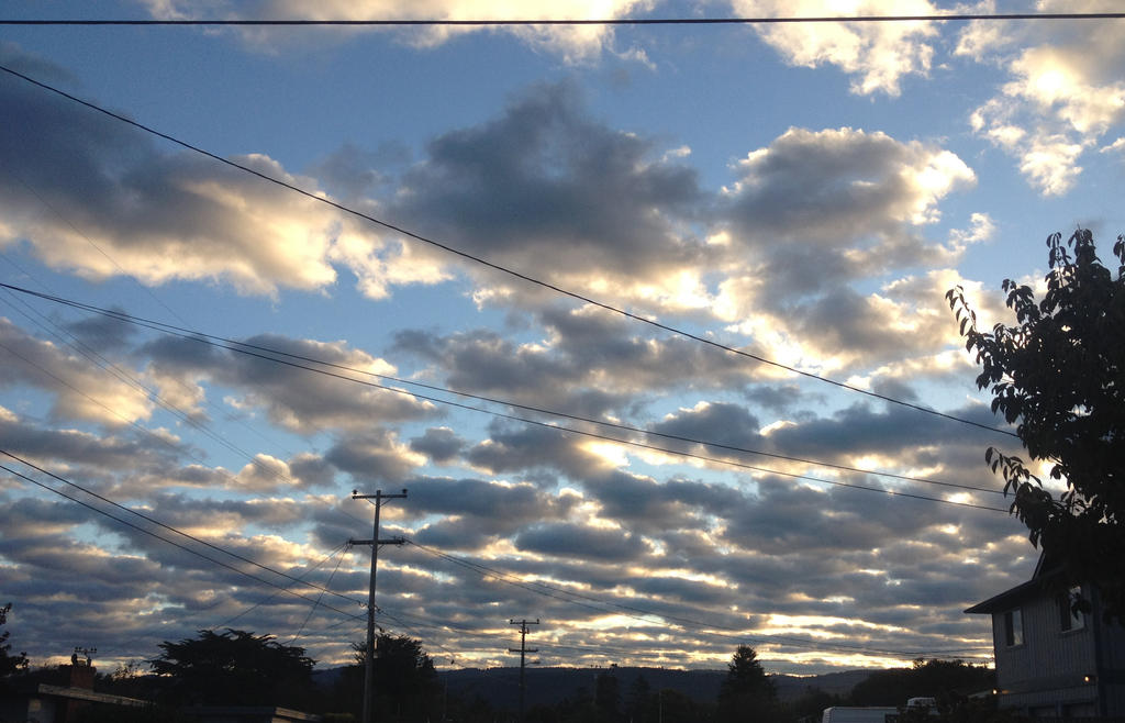 Clouds Again by trinafool